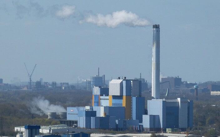 Müllverbrennung in der Müllverbrennungsanlage (MVA) in Oberhausen