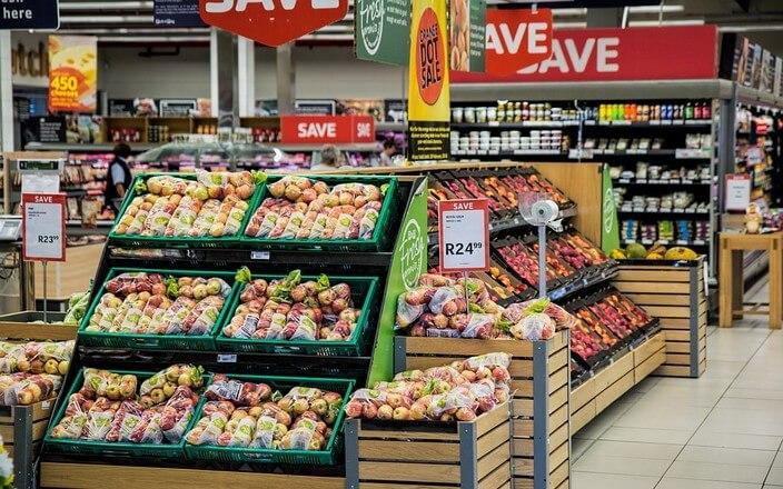 Obstabteilung im Supermarkt